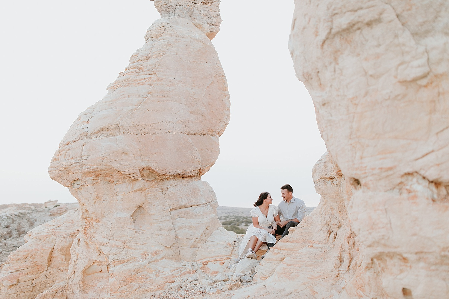 Alicia+lucia+photography+-+albuquerque+wedding+photographer+-+santa+fe+wedding+photography+-+new+mexico+wedding+photographer+-+new+mexico+engagement+-+desert+engagement_0019.jpg