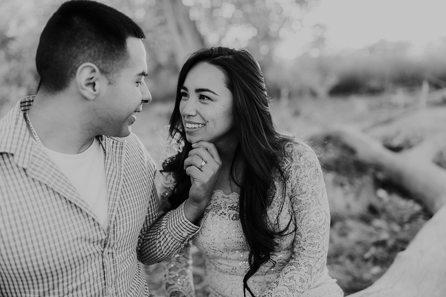 Alicia+lucia+photography+-+albuquerque+wedding+photographer+-+santa+fe+wedding+photography+-+new+mexico+wedding+photographer+-+albuquerque+winter+engagement+session_0004.jpg