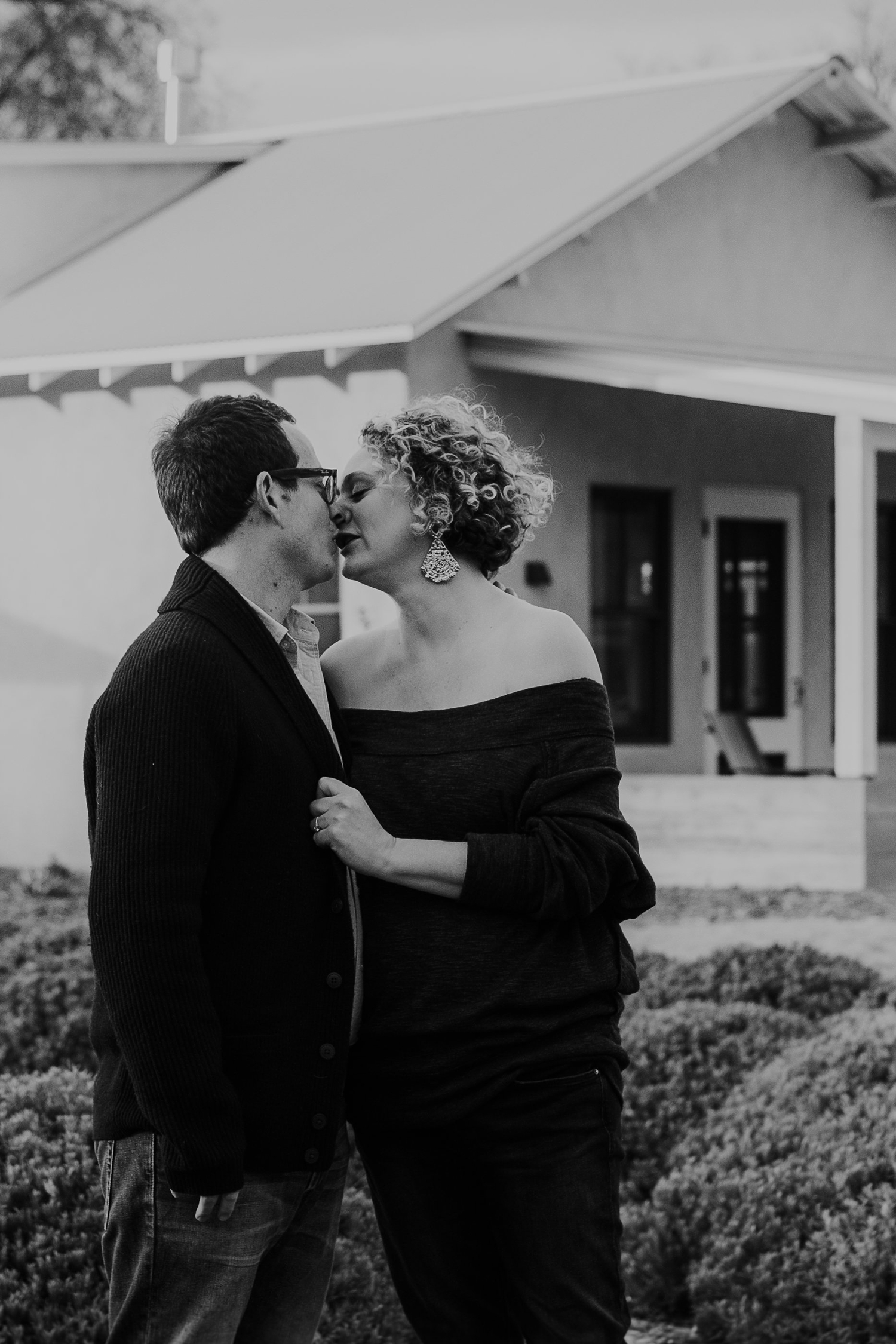 Alicia+lucia+photography+-+albuquerque+wedding+photographer+-+santa+fe+wedding+photography+-+new+mexico+wedding+photographer+-+new+mexico+engagement+-+los+poblanos+winter+engagement+-+los+poblanos+fall+wedding_0011.jpg