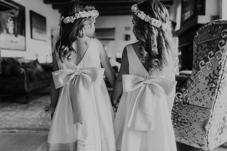 Alicia+lucia+photography+-+albuquerque+wedding+photographer+-+santa+fe+wedding+photography+-+new+mexico+wedding+photographer+-+new+mexico+engagement+-+la+mesita+ranch+wedding+-+la+mesita+ranch+spring+wedding_0009.jpg