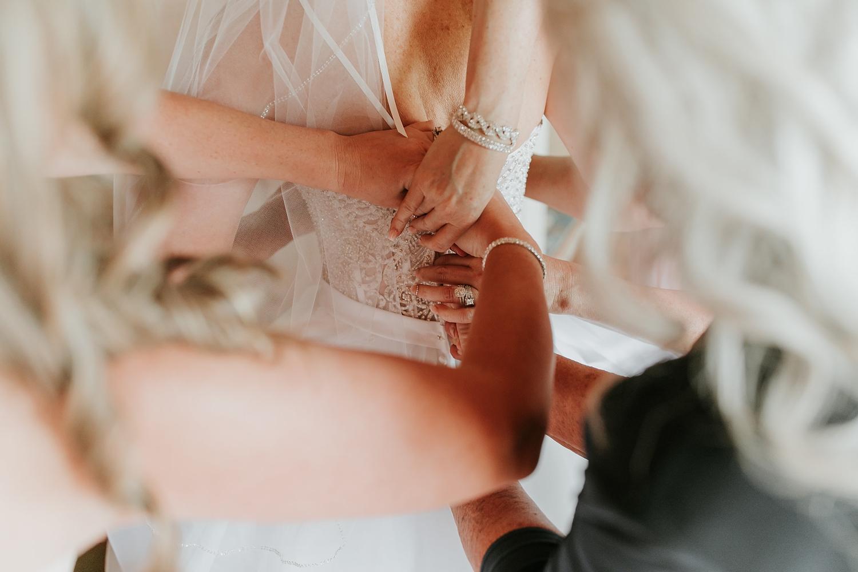 Alicia+lucia+photography+-+albuquerque+wedding+photographer+-+santa+fe+wedding+photography+-+new+mexico+wedding+photographer+-+new+mexico+engagement+-+la+mesita+ranch+wedding+-+la+mesita+ranch+spring+wedding_0011.jpg