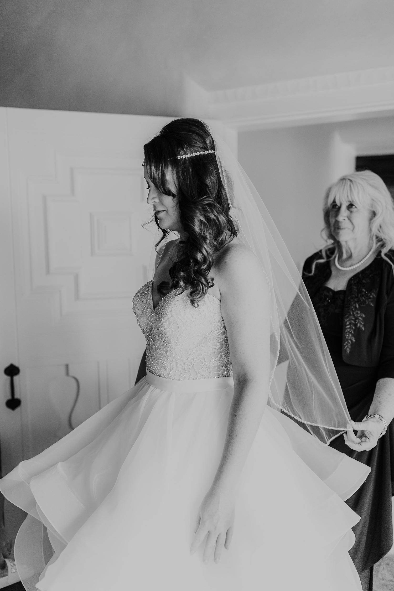 Alicia+lucia+photography+-+albuquerque+wedding+photographer+-+santa+fe+wedding+photography+-+new+mexico+wedding+photographer+-+new+mexico+engagement+-+la+mesita+ranch+wedding+-+la+mesita+ranch+spring+wedding_0012.jpg