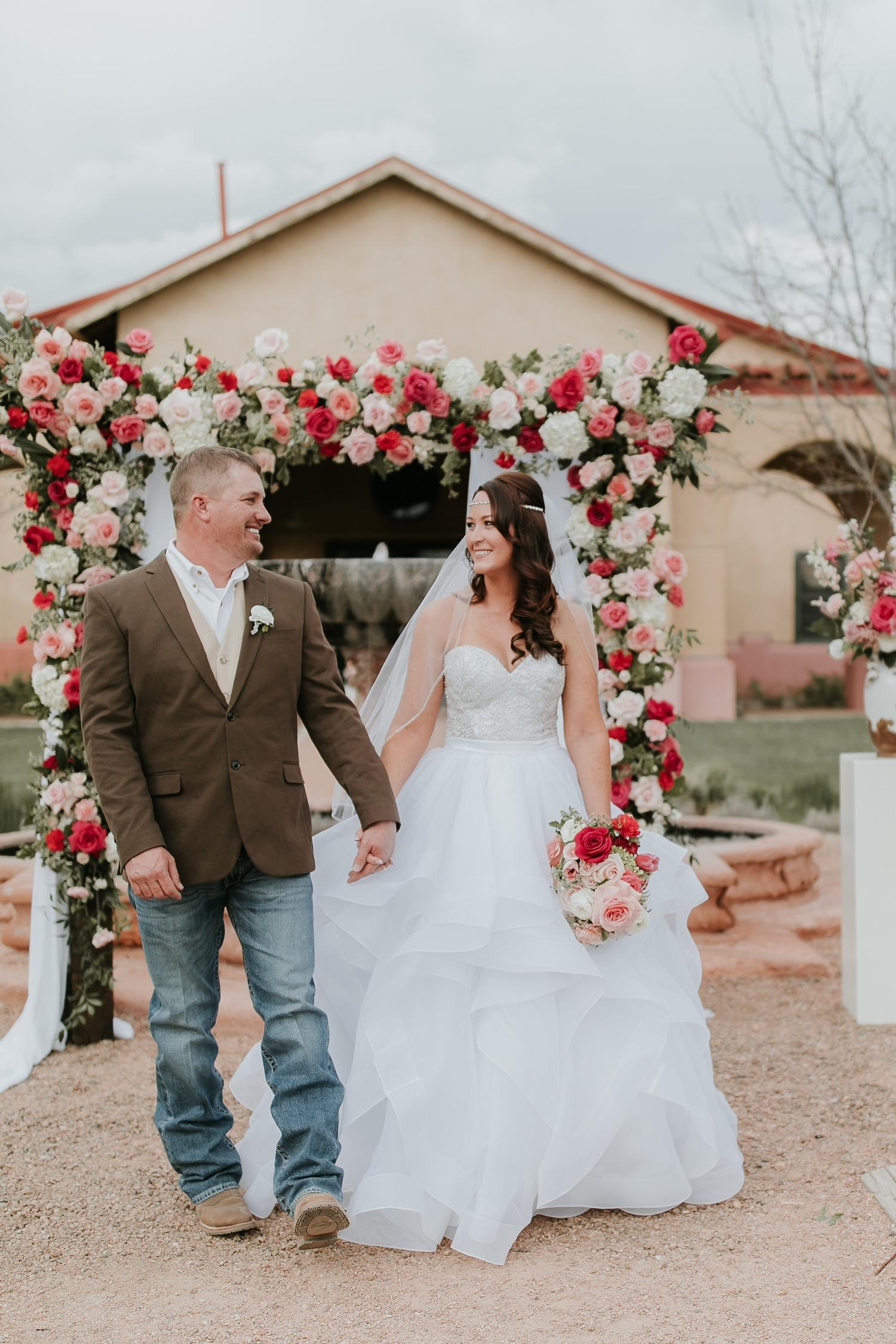 Alicia+lucia+photography+-+albuquerque+wedding+photographer+-+santa+fe+wedding+photography+-+new+mexico+wedding+photographer+-+new+mexico+engagement+-+la+mesita+ranch+wedding+-+la+mesita+ranch+spring+wedding_0047.jpg