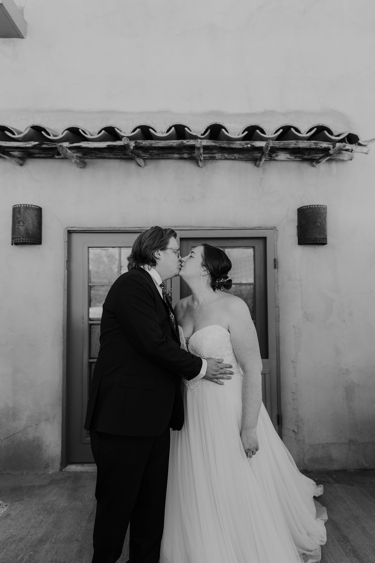 Alicia+lucia+photography+-+albuquerque+wedding+photographer+-+santa+fe+wedding+photography+-+new+mexico+wedding+photographer+-+hacienda+dona+andrea+wedding+-+destination+wedding+-+new+york+couple_0045.jpg