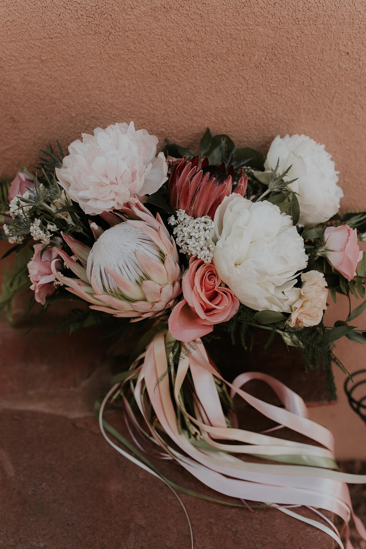 Alicia+lucia+photography+-+albuquerque+wedding+photographer+-+santa+fe+wedding+photography+-+new+mexico+wedding+photographer+-+wedding+flowers+-+summer+wedding+flowers_0003.jpg