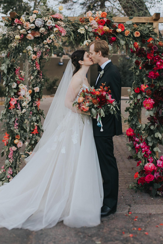 Alicia+lucia+photography+-+albuquerque+wedding+photographer+-+santa+fe+wedding+photography+-+new+mexico+wedding+photographer+-+wedding+flowers+-+summer+wedding+flowers_0005.jpg