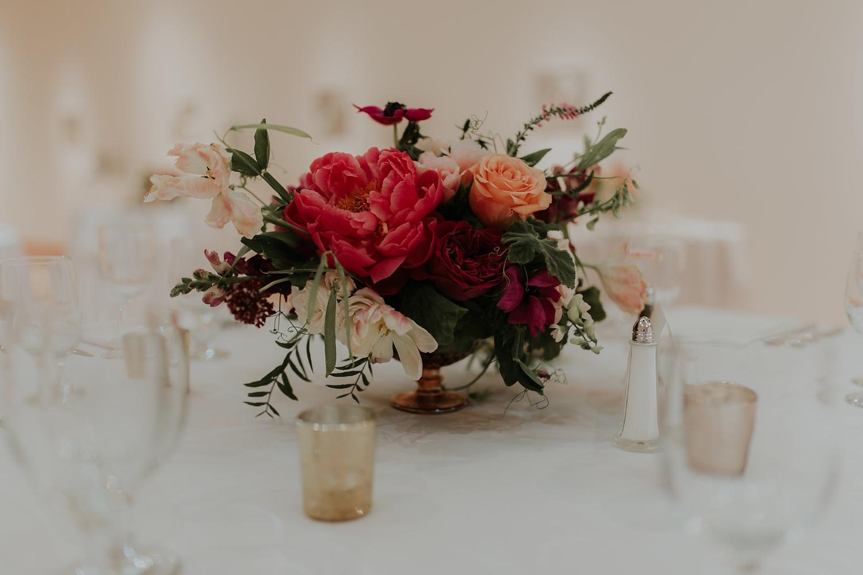 Alicia+lucia+photography+-+albuquerque+wedding+photographer+-+santa+fe+wedding+photography+-+new+mexico+wedding+photographer+-+wedding+flowers+-+summer+wedding+flowers_0016.jpg