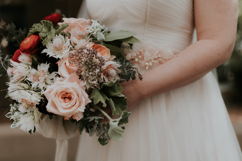 Alicia+lucia+photography+-+albuquerque+wedding+photographer+-+santa+fe+wedding+photography+-+new+mexico+wedding+photographer+-+wedding+flowers+-+summer+wedding+flowers_0020.jpg