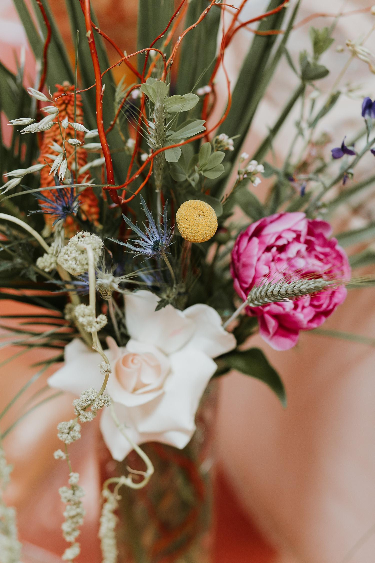 Alicia+lucia+photography+-+albuquerque+wedding+photographer+-+santa+fe+wedding+photography+-+new+mexico+wedding+photographer+-+wedding+flowers+-+summer+wedding+flowers_0026.jpg