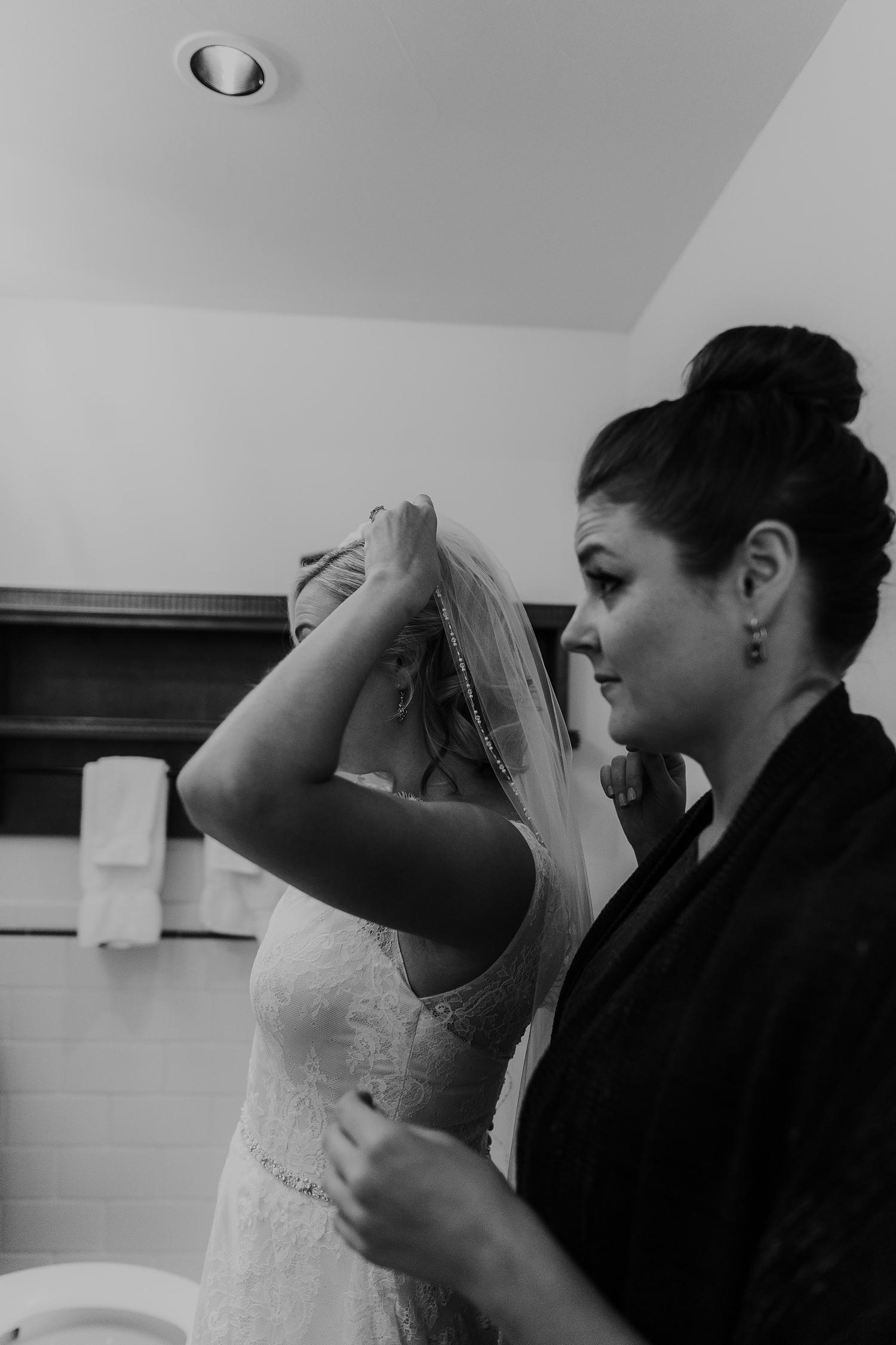 Alicia+lucia+photography+-+albuquerque+wedding+photographer+-+santa+fe+wedding+photography+-+new+mexico+wedding+photographer+-+la+fonda+wedding+-+la+fonda+fall+wedding+-+intimate+la+fonda+wedding_0006.jpg