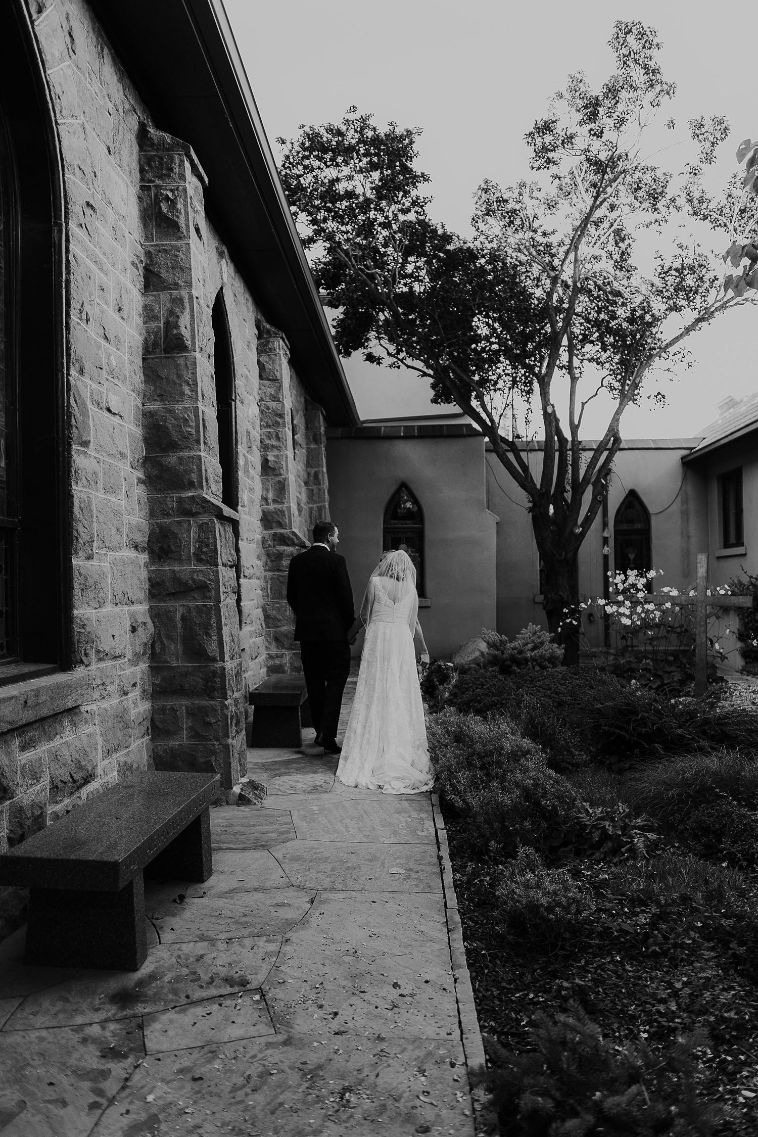 Alicia+lucia+photography+-+albuquerque+wedding+photographer+-+santa+fe+wedding+photography+-+new+mexico+wedding+photographer+-+la+fonda+wedding+-+la+fonda+fall+wedding+-+intimate+la+fonda+wedding_0034.jpg