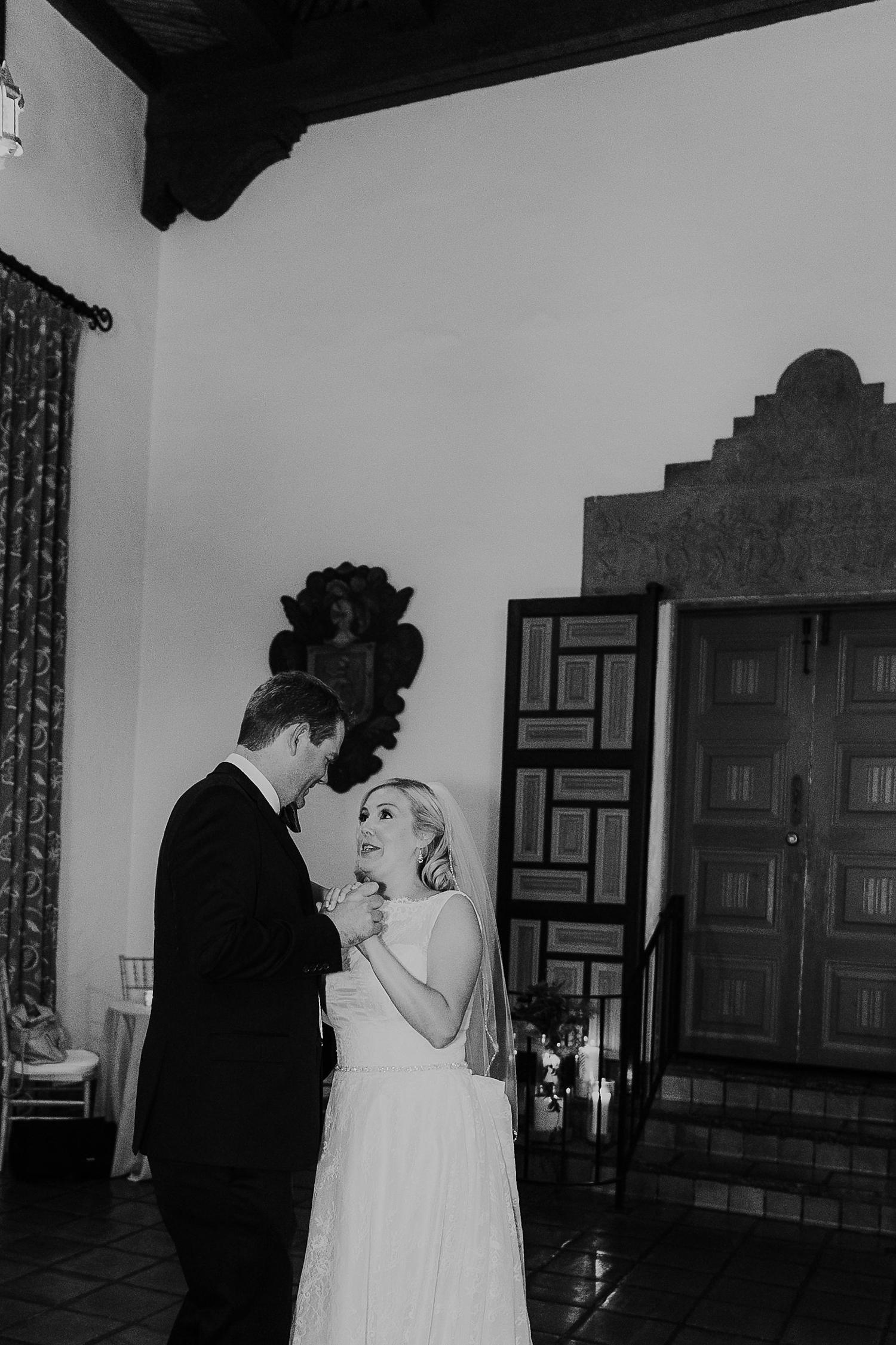 Alicia+lucia+photography+-+albuquerque+wedding+photographer+-+santa+fe+wedding+photography+-+new+mexico+wedding+photographer+-+la+fonda+wedding+-+la+fonda+fall+wedding+-+intimate+la+fonda+wedding_0043.jpg