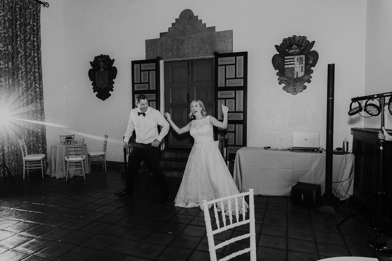 Alicia+lucia+photography+-+albuquerque+wedding+photographer+-+santa+fe+wedding+photography+-+new+mexico+wedding+photographer+-+la+fonda+wedding+-+la+fonda+fall+wedding+-+intimate+la+fonda+wedding_0065.jpg