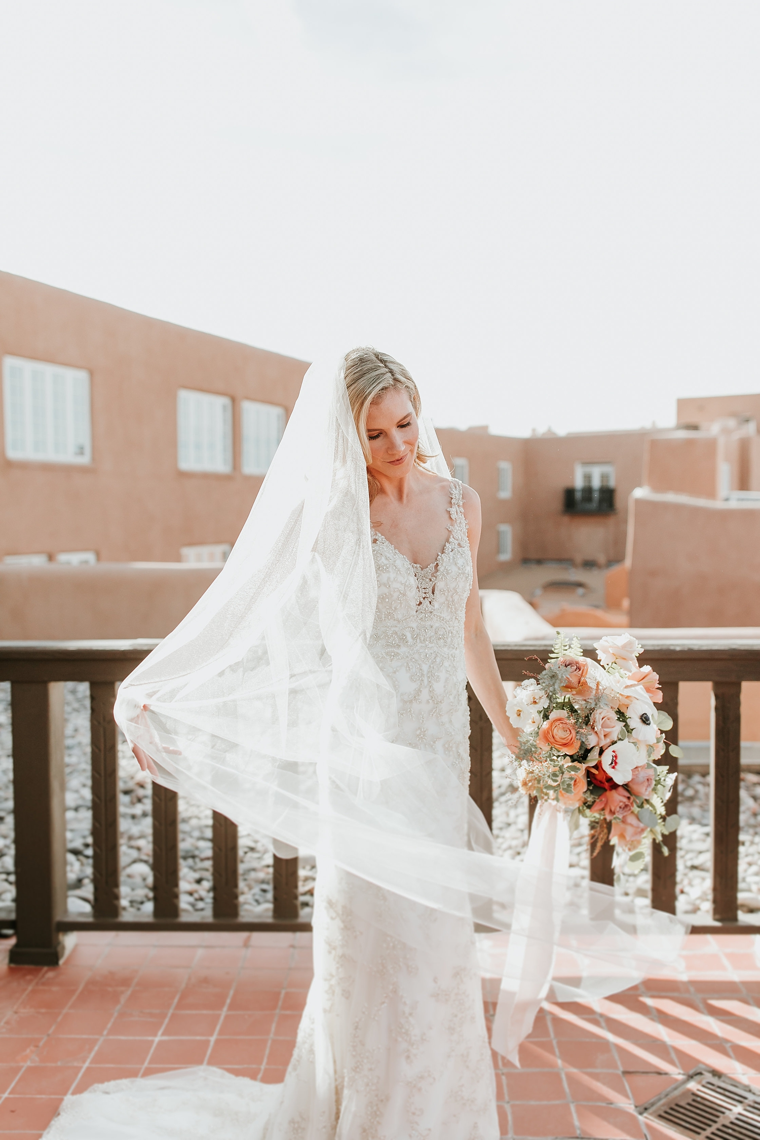 Alicia+lucia+photography+-+albuquerque+wedding+photographer+-+santa+fe+wedding+photography+-+new+mexico+wedding+photographer+-+la+fonda+wedding+-+la+fonda+winter+wedding_0031.jpg