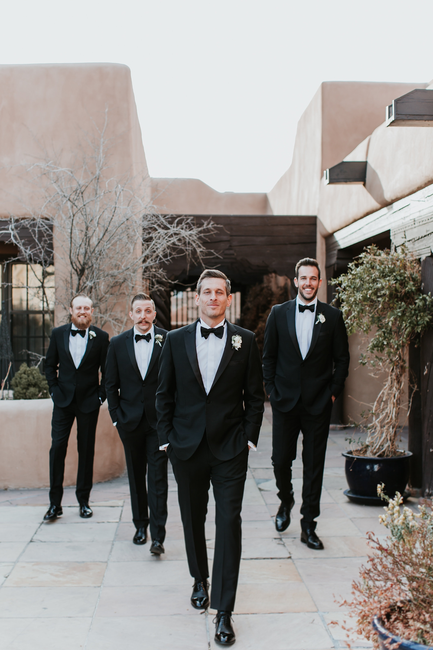 Alicia+lucia+photography+-+albuquerque+wedding+photographer+-+santa+fe+wedding+photography+-+new+mexico+wedding+photographer+-+la+fonda+wedding+-+la+fonda+winter+wedding_0058.jpg