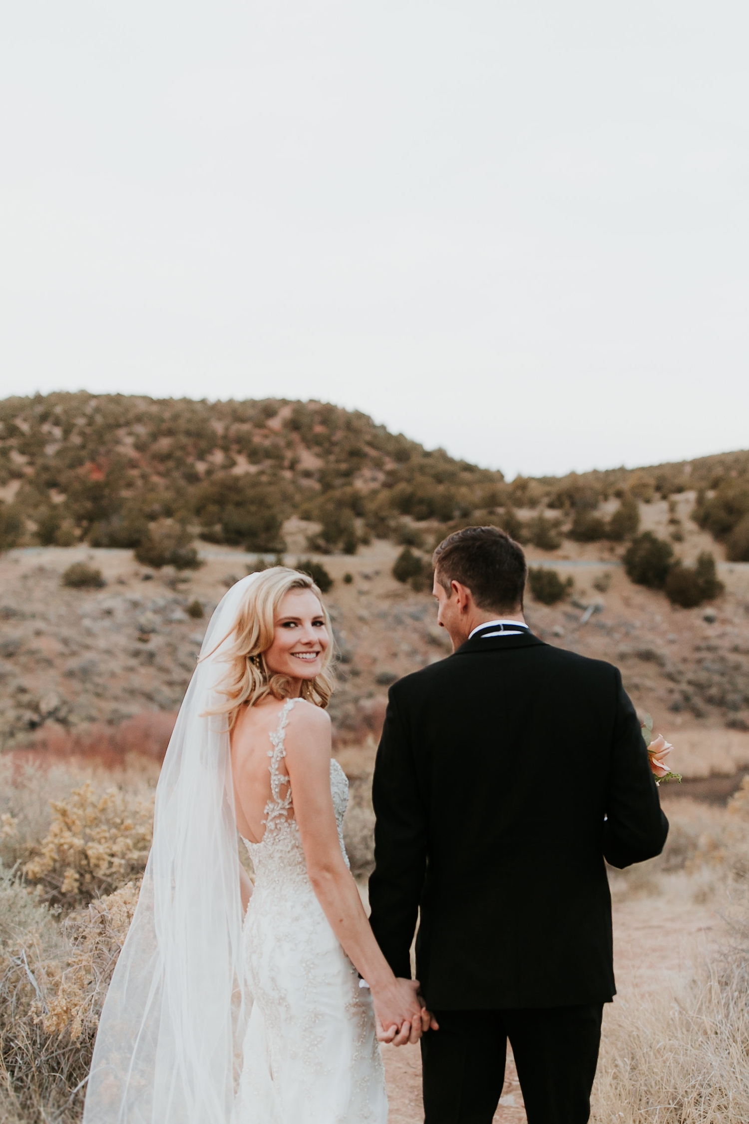 Alicia+lucia+photography+-+albuquerque+wedding+photographer+-+santa+fe+wedding+photography+-+new+mexico+wedding+photographer+-+la+fonda+wedding+-+la+fonda+winter+wedding_0094.jpg
