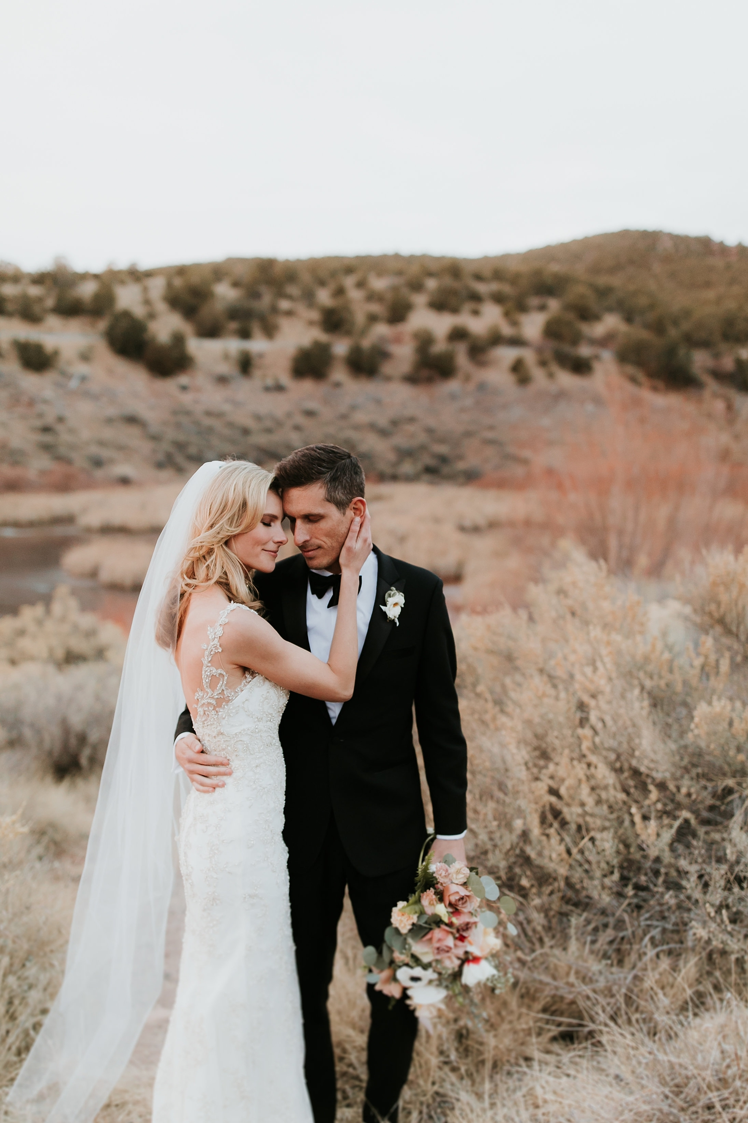 Alicia+lucia+photography+-+albuquerque+wedding+photographer+-+santa+fe+wedding+photography+-+new+mexico+wedding+photographer+-+la+fonda+wedding+-+la+fonda+winter+wedding_0096.jpg