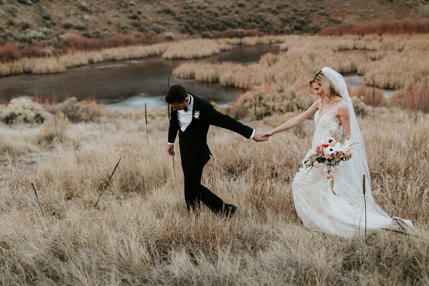 Alicia+lucia+photography+-+albuquerque+wedding+photographer+-+santa+fe+wedding+photography+-+new+mexico+wedding+photographer+-+la+fonda+wedding+-+la+fonda+winter+wedding_0101.jpg