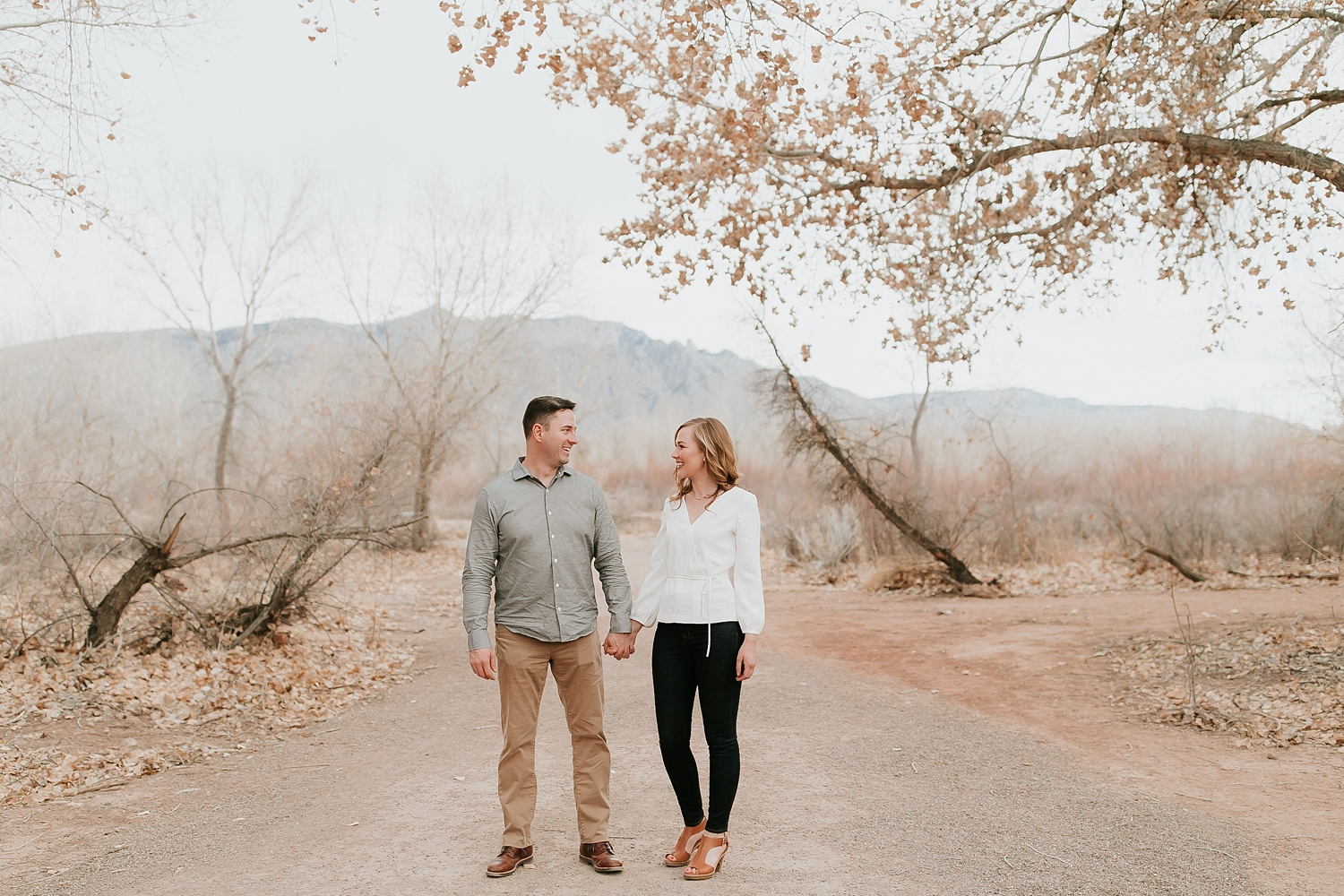 Alicia+lucia+photography+-+albuquerque+wedding+photographer+-+santa+fe+wedding+photography+-+new+mexico+wedding+photographer+-+new+mexico+engagement+-+albuquerque+engagement+-+spring+new+mexico+engagement+-+bosque+engagement_0001.jpg