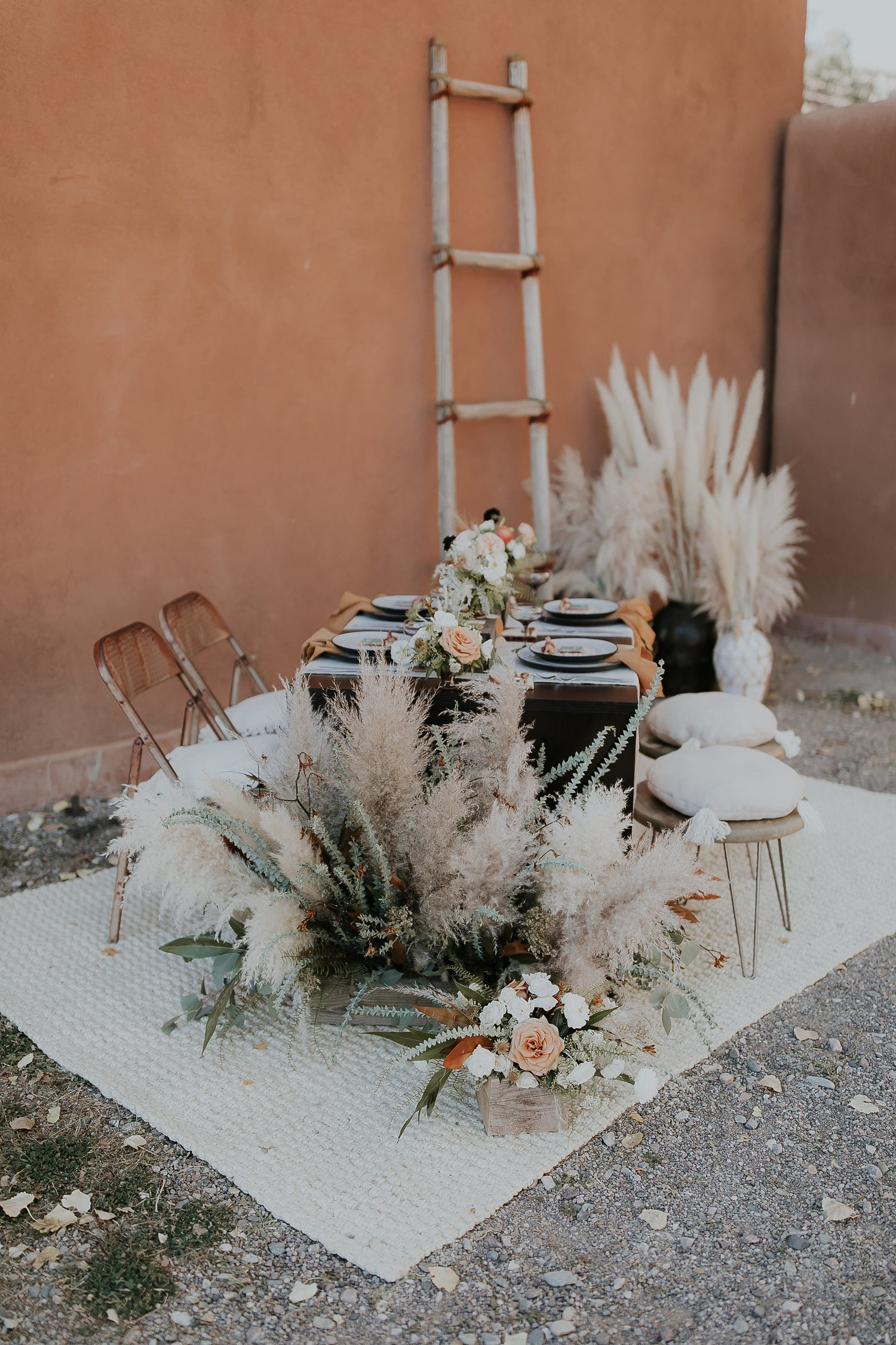 Alicia+lucia+photography+-+albuquerque+wedding+photographer+-+santa+fe+wedding+photography+-+new+mexico+wedding+photographer+-+new+mexico+ghost+ranch+wedding+-+styled+wedding+shoot_0001.jpg