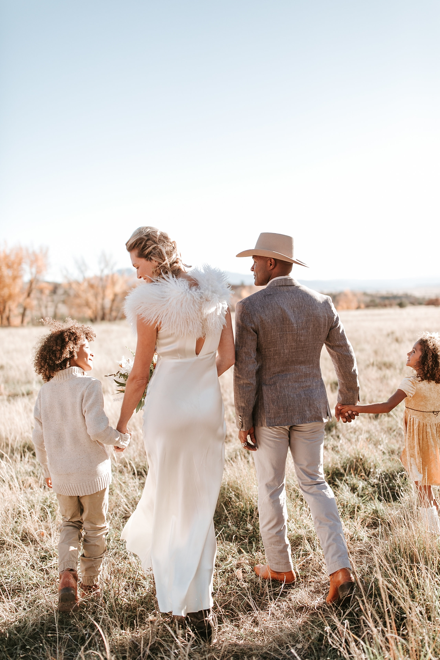 Alicia+lucia+photography+-+albuquerque+wedding+photographer+-+santa+fe+wedding+photography+-+new+mexico+wedding+photographer+-+new+mexico+ghost+ranch+wedding+-+styled+wedding+shoot_0028.jpg