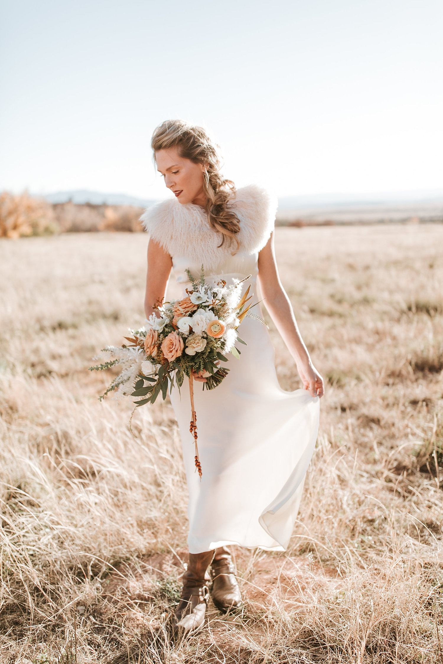 Alicia+lucia+photography+-+albuquerque+wedding+photographer+-+santa+fe+wedding+photography+-+new+mexico+wedding+photographer+-+new+mexico+ghost+ranch+wedding+-+styled+wedding+shoot_0036.jpg