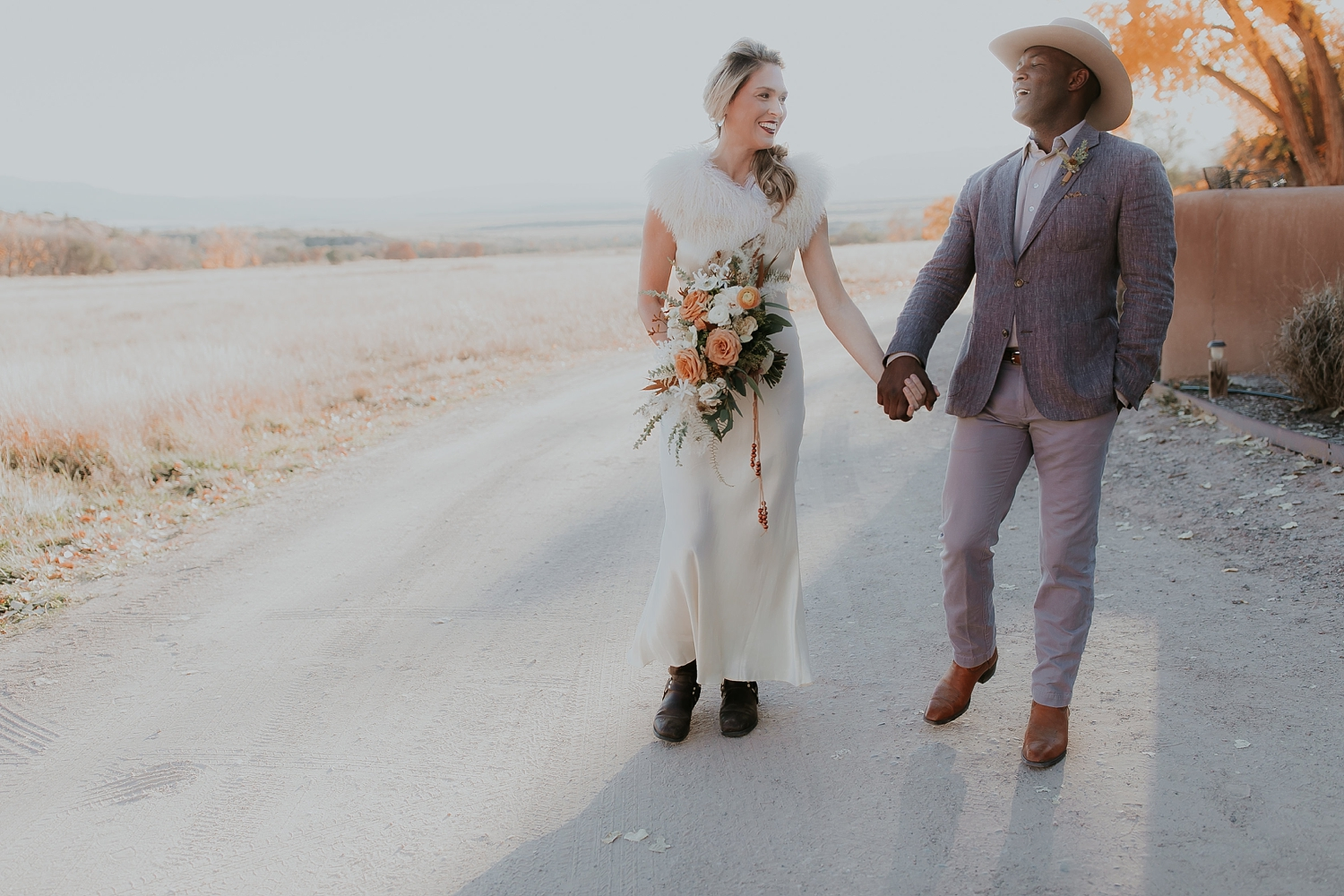 Alicia+lucia+photography+-+albuquerque+wedding+photographer+-+santa+fe+wedding+photography+-+new+mexico+wedding+photographer+-+new+mexico+ghost+ranch+wedding+-+styled+wedding+shoot_0051.jpg