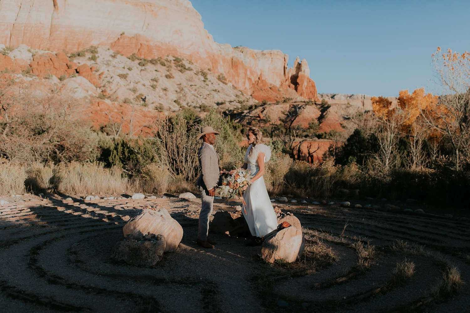 Alicia+lucia+photography+-+albuquerque+wedding+photographer+-+santa+fe+wedding+photography+-+new+mexico+wedding+photographer+-+new+mexico+ghost+ranch+wedding+-+styled+wedding+shoot_0061.jpg
