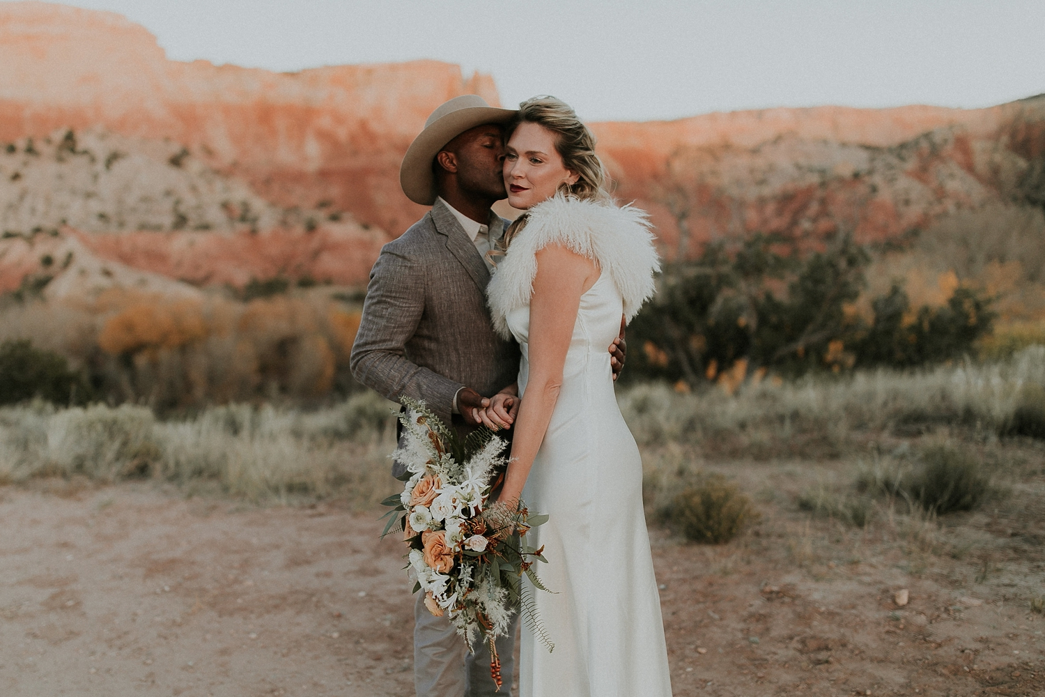 Alicia+lucia+photography+-+albuquerque+wedding+photographer+-+santa+fe+wedding+photography+-+new+mexico+wedding+photographer+-+new+mexico+ghost+ranch+wedding+-+styled+wedding+shoot_0067.jpg