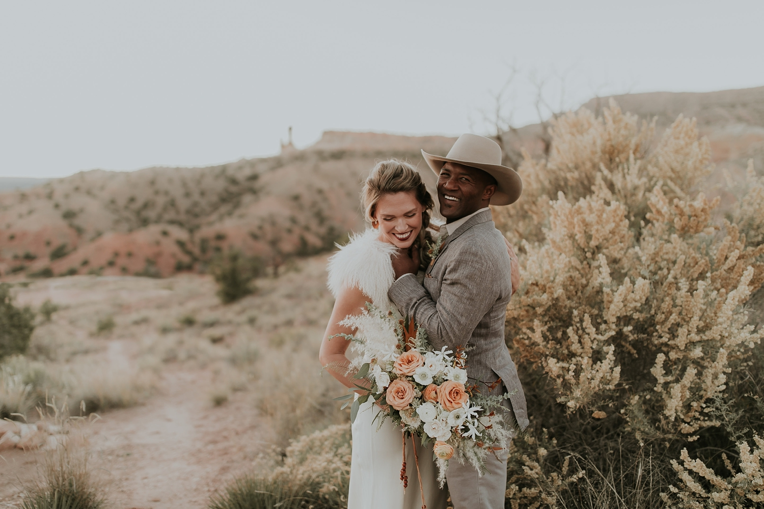 Alicia+lucia+photography+-+albuquerque+wedding+photographer+-+santa+fe+wedding+photography+-+new+mexico+wedding+photographer+-+new+mexico+ghost+ranch+wedding+-+styled+wedding+shoot_0078.jpg