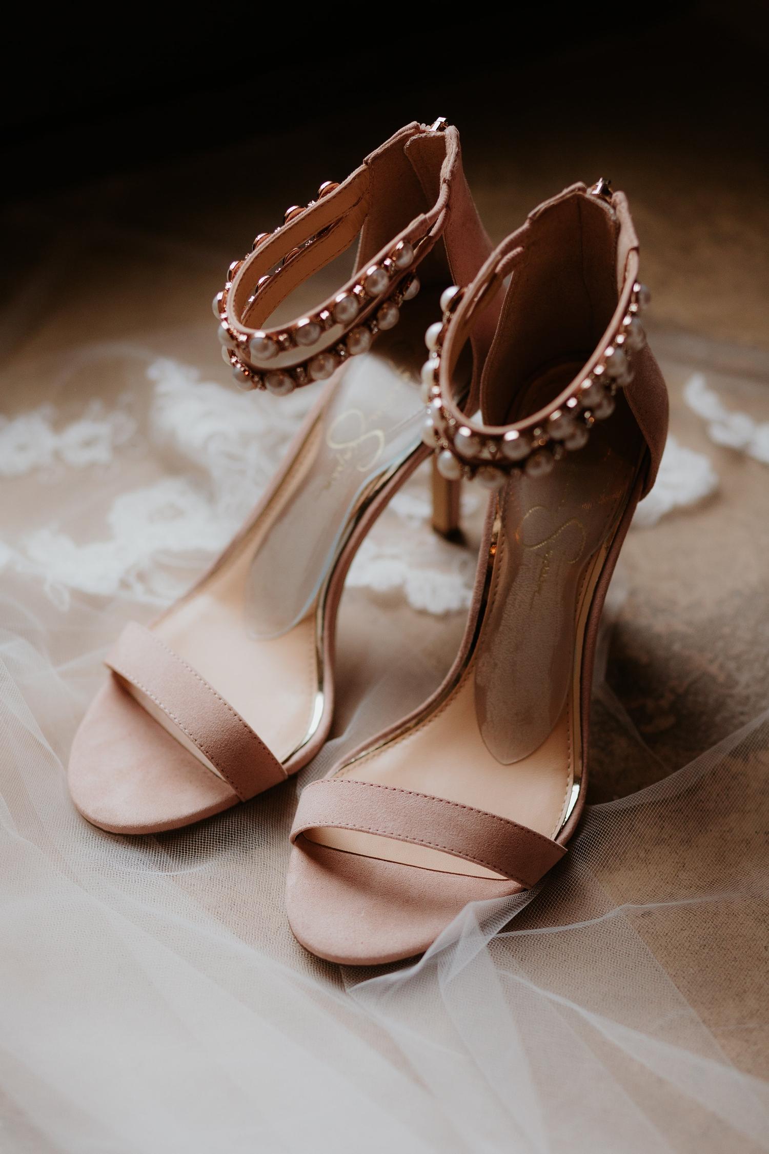 Alicia+lucia+photography+-+albuquerque+wedding+photographer+-+santa+fe+wedding+photography+-+new+mexico+wedding+photographer+-+wedding+bridal+shoe+-+wedding+style+edit_0002.jpg