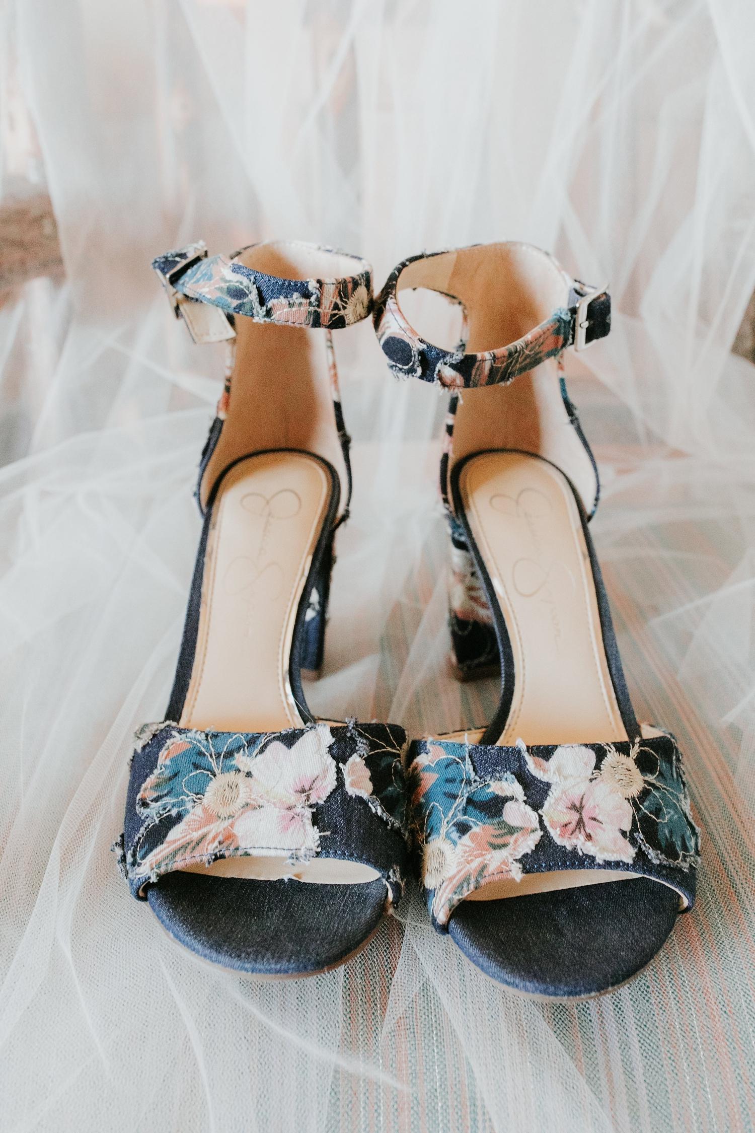Alicia+lucia+photography+-+albuquerque+wedding+photographer+-+santa+fe+wedding+photography+-+new+mexico+wedding+photographer+-+wedding+bridal+shoe+-+wedding+style+edit_0006.jpg