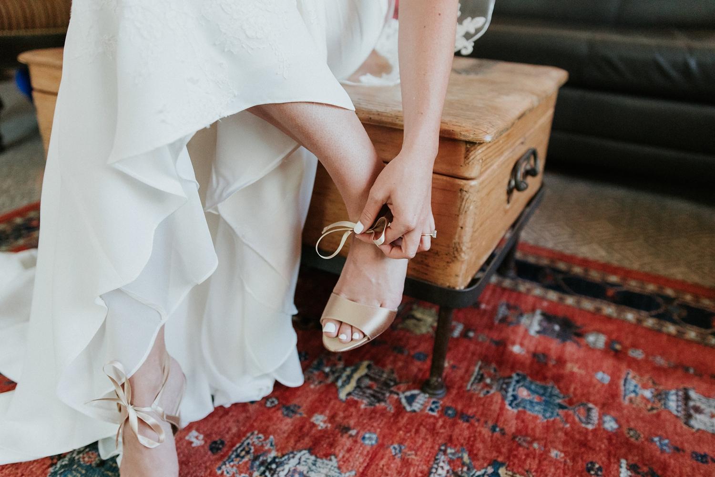 Alicia+lucia+photography+-+albuquerque+wedding+photographer+-+santa+fe+wedding+photography+-+new+mexico+wedding+photographer+-+wedding+bridal+shoe+-+wedding+style+edit_0008.jpg