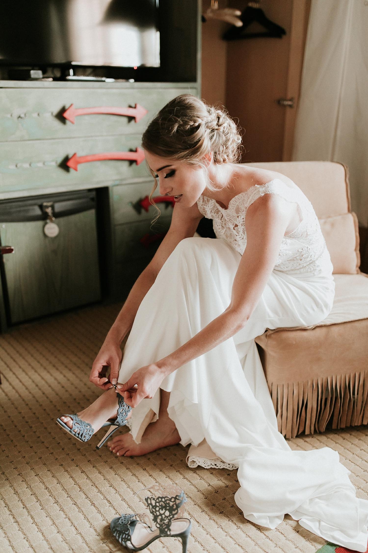 Alicia+lucia+photography+-+albuquerque+wedding+photographer+-+santa+fe+wedding+photography+-+new+mexico+wedding+photographer+-+wedding+bridal+shoe+-+wedding+style+edit_0009.jpg