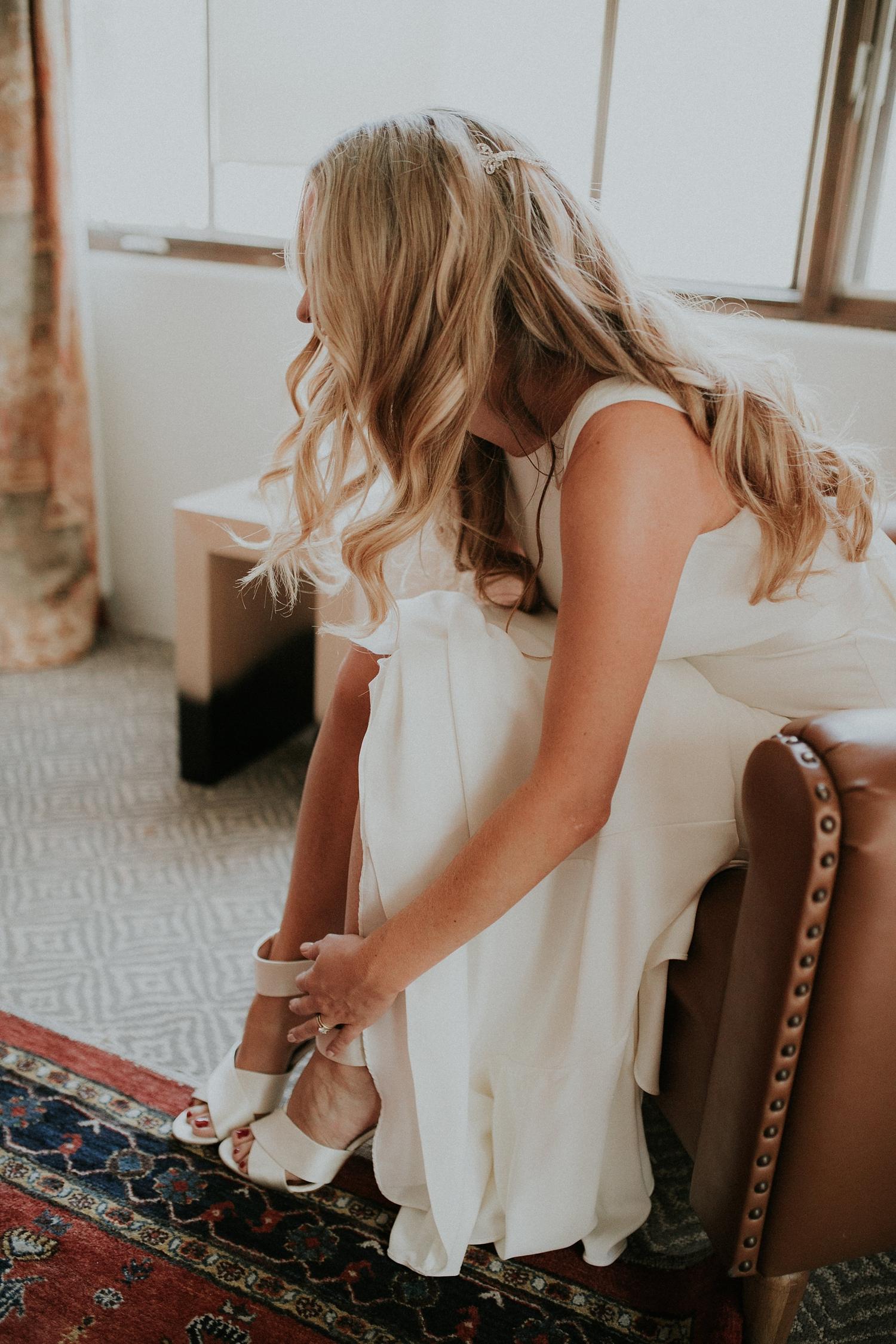Alicia+lucia+photography+-+albuquerque+wedding+photographer+-+santa+fe+wedding+photography+-+new+mexico+wedding+photographer+-+wedding+bridal+shoe+-+wedding+style+edit_0025.jpg