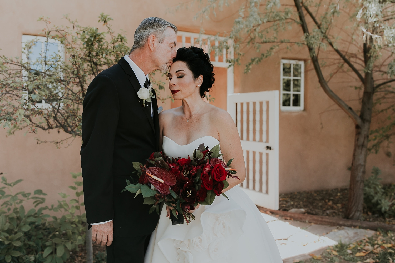 Alicia+lucia+photography+-+albuquerque+wedding+photographer+-+santa+fe+wedding+photography+-+new+mexico+wedding+photographer+-+los+poblanos+wedding+-+los+poblanos+fall+wedding+-+los+poblanos+october+wedding_0025.jpg