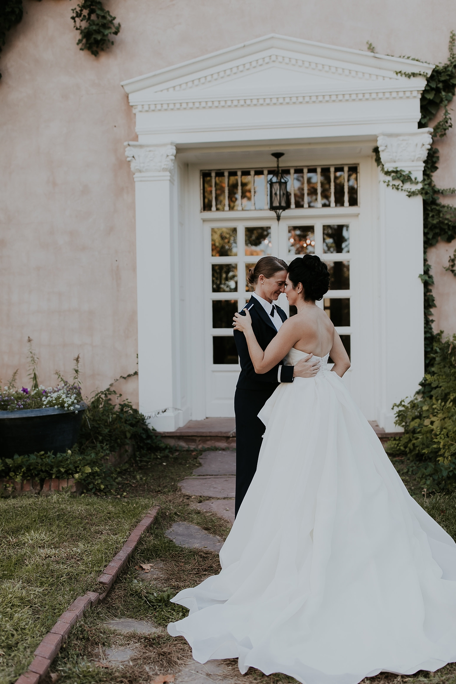 Alicia+lucia+photography+-+albuquerque+wedding+photographer+-+santa+fe+wedding+photography+-+new+mexico+wedding+photographer+-+los+poblanos+wedding+-+los+poblanos+fall+wedding+-+los+poblanos+october+wedding_0095.jpg