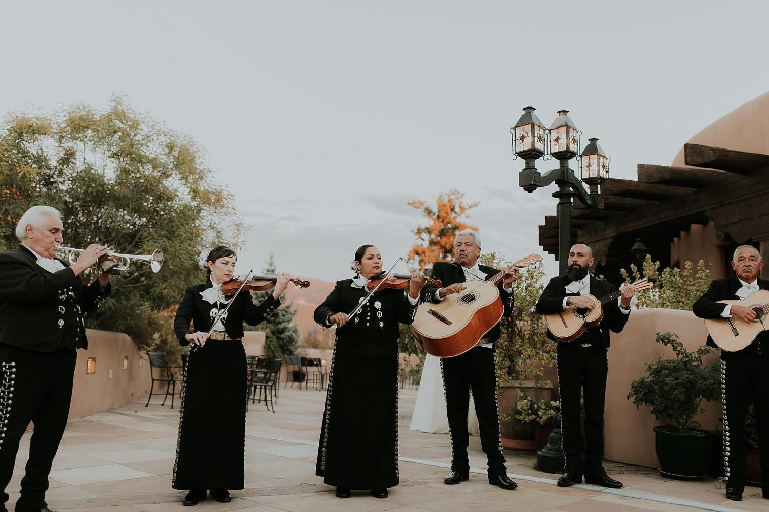 Alicia+lucia+photography+-+albuquerque+wedding+photographer+-+santa+fe+wedding+photography+-+new+mexico+wedding+photographer+-+la+fonda+santa+fe+wedding+-+santa+fe+fall+wedding+-+la+fonda+fall+wedding_0092.jpg