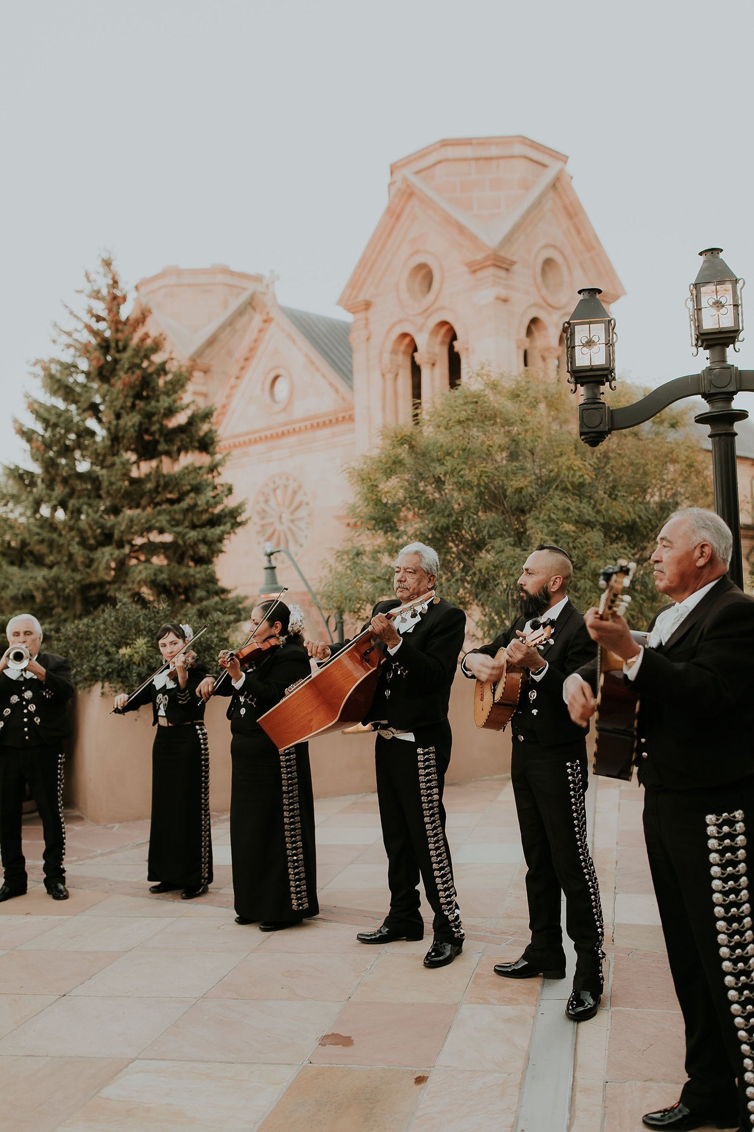 Alicia+lucia+photography+-+albuquerque+wedding+photographer+-+santa+fe+wedding+photography+-+new+mexico+wedding+photographer+-+la+fonda+santa+fe+wedding+-+santa+fe+fall+wedding+-+la+fonda+fall+wedding_0091.jpg