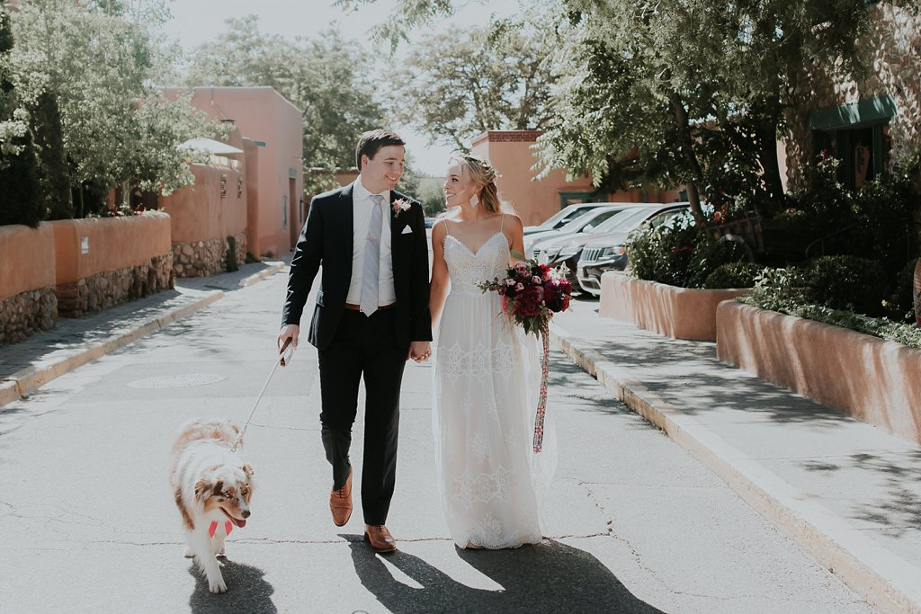 Alicia+lucia+photography+-+albuquerque+wedding+photographer+-+santa+fe+wedding+photography+-+new+mexico+wedding+photographer+-+albuquerque+wedding+-+santa+fe+wedding+-+dogs+in+weddings+-+wedding+dogs+-+real+weddings_0017.jpg
