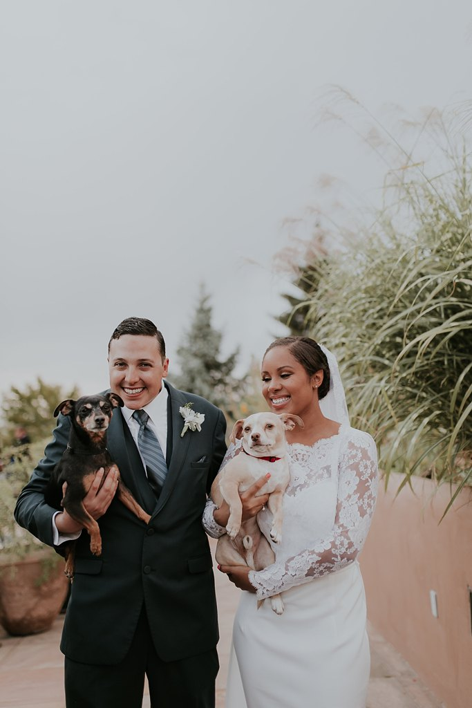 Alicia+lucia+photography+-+albuquerque+wedding+photographer+-+santa+fe+wedding+photography+-+new+mexico+wedding+photographer+-+albuquerque+wedding+-+santa+fe+wedding+-+dogs+in+weddings+-+wedding+dogs+-+real+weddings_0020.jpg