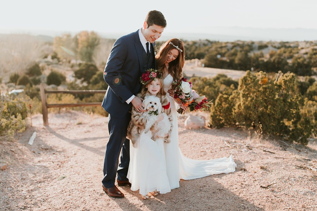 Alicia+lucia+photography+-+albuquerque+wedding+photographer+-+santa+fe+wedding+photography+-+new+mexico+wedding+photographer+-+albuquerque+wedding+-+santa+fe+wedding+-+dogs+in+weddings+-+wedding+dogs+-+real+weddings_0030.jpg