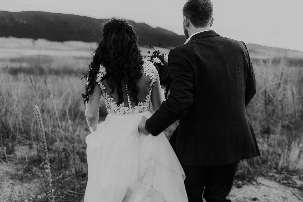 Alicia+lucia+photography+-+albuquerque+wedding+photographer+-+santa+fe+wedding+photography+-+new+mexico+wedding+photographer+-+eagles+nest+new+mexico+-+eagles+nest+wedding+-+eagles+nest+elopement+-+winter+wedding_0043.jpg