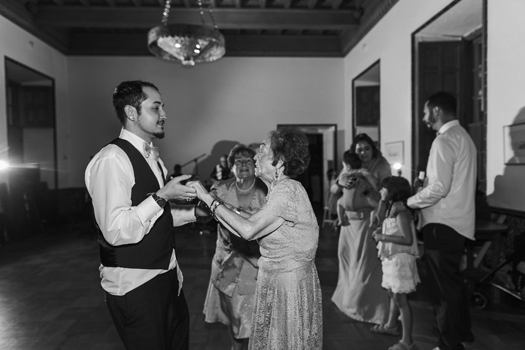 Alicia+lucia+photography+-+albuquerque+wedding+photographer+-+santa+fe+wedding+photography+-+new+mexico+wedding+photographer+-+los+poblanos+wedding+-+los+poblanos+august+wedding_0105.jpg