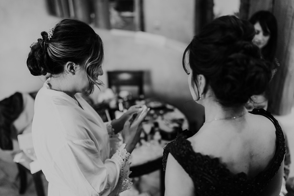 Alicia+lucia+photography+-+albuquerque+wedding+photographer+-+santa+fe+wedding+photography+-+new+mexico+wedding+photographer+-+taos+new+mexico+-+taos+wedding+-+el+monte+sagrado+wedding+-+winter+wedding_0019.jpg
