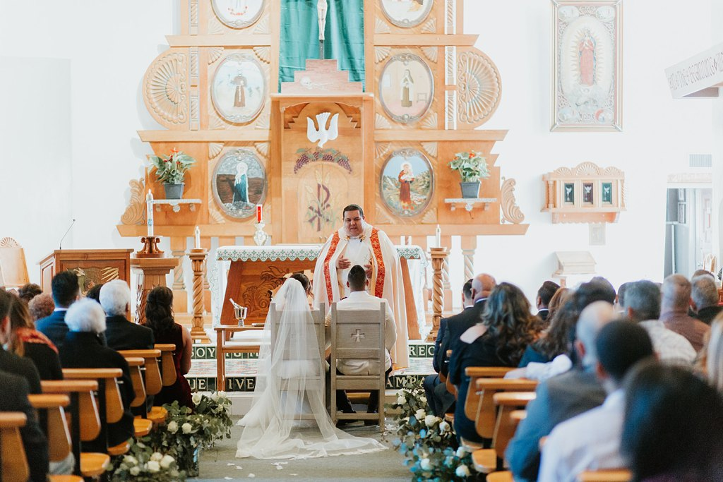 Alicia+lucia+photography+-+albuquerque+wedding+photographer+-+santa+fe+wedding+photography+-+new+mexico+wedding+photographer+-+taos+new+mexico+-+taos+wedding+-+el+monte+sagrado+wedding+-+winter+wedding_0037.jpg