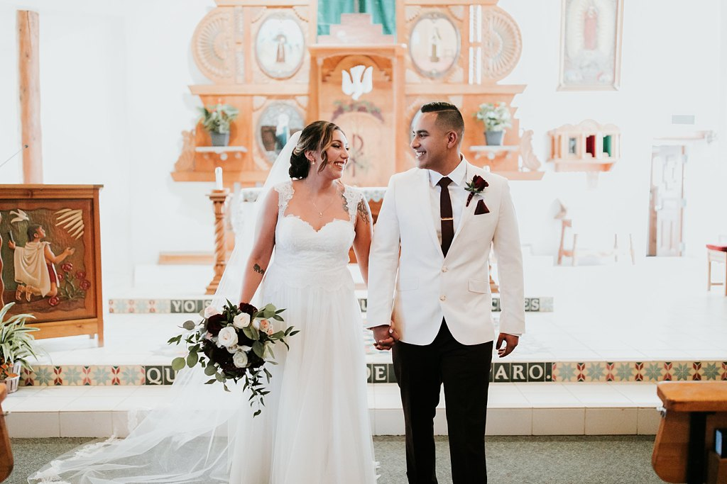 Alicia+lucia+photography+-+albuquerque+wedding+photographer+-+santa+fe+wedding+photography+-+new+mexico+wedding+photographer+-+taos+new+mexico+-+taos+wedding+-+el+monte+sagrado+wedding+-+winter+wedding_0061.jpg
