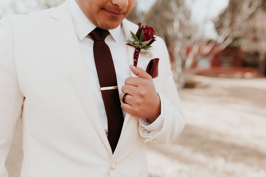 Alicia+lucia+photography+-+albuquerque+wedding+photographer+-+santa+fe+wedding+photography+-+new+mexico+wedding+photographer+-+taos+new+mexico+-+taos+wedding+-+el+monte+sagrado+wedding+-+winter+wedding_0064.jpg