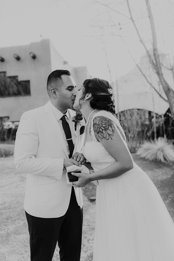 Alicia+lucia+photography+-+albuquerque+wedding+photographer+-+santa+fe+wedding+photography+-+new+mexico+wedding+photographer+-+taos+new+mexico+-+taos+wedding+-+el+monte+sagrado+wedding+-+winter+wedding_0069.jpg