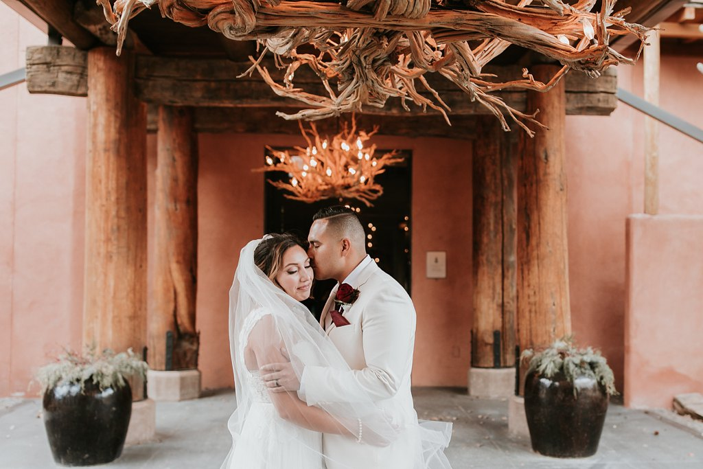Alicia+lucia+photography+-+albuquerque+wedding+photographer+-+santa+fe+wedding+photography+-+new+mexico+wedding+photographer+-+taos+new+mexico+-+taos+wedding+-+el+monte+sagrado+wedding+-+winter+wedding_0089.jpg